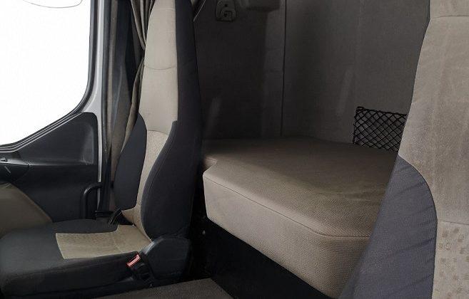 Renault Premium 440.26